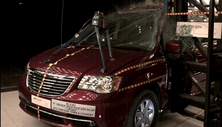 2015 Chrysler Town and Country Side Pole Crash Test