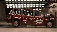 2015 Chrysler Town and Country Front Crash Test