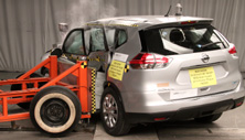 2015 Nissan Rogue Side Crash Test