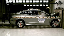 2016 Chrysler 200 Front Crash Test