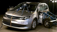 2020 Chrysler Pacifica Side Crash Test