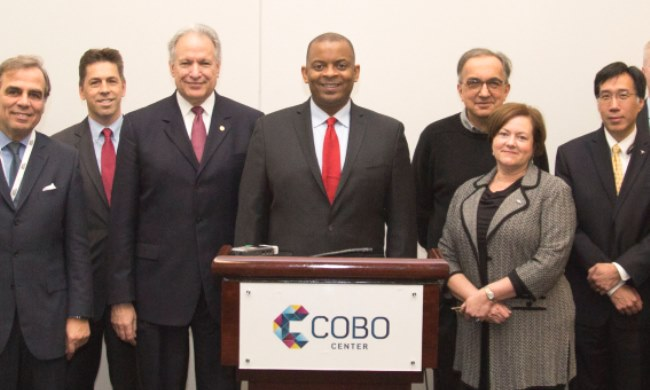 DOT, automakers agree on proactive safety principles